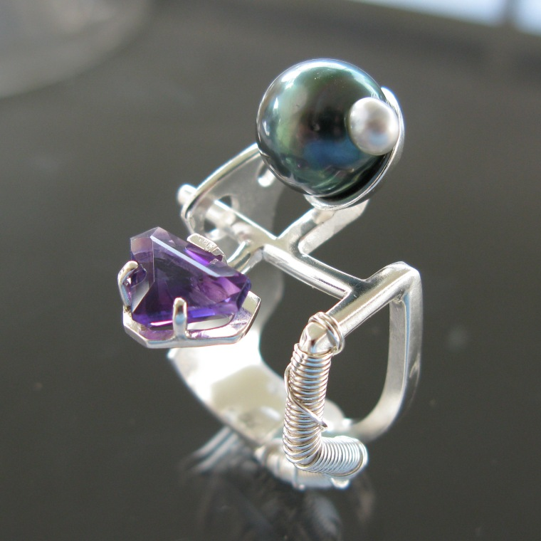 Sterling silver ring with an amethyst and a pearl by Dan Balk